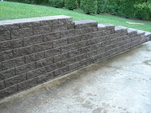 Concrete cleaning exterior cleaning pros for Cleaning concrete walls